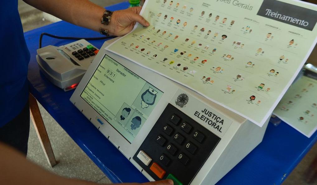 Eleitor com deficiência visual poderá ouvir nome de candidato na urna