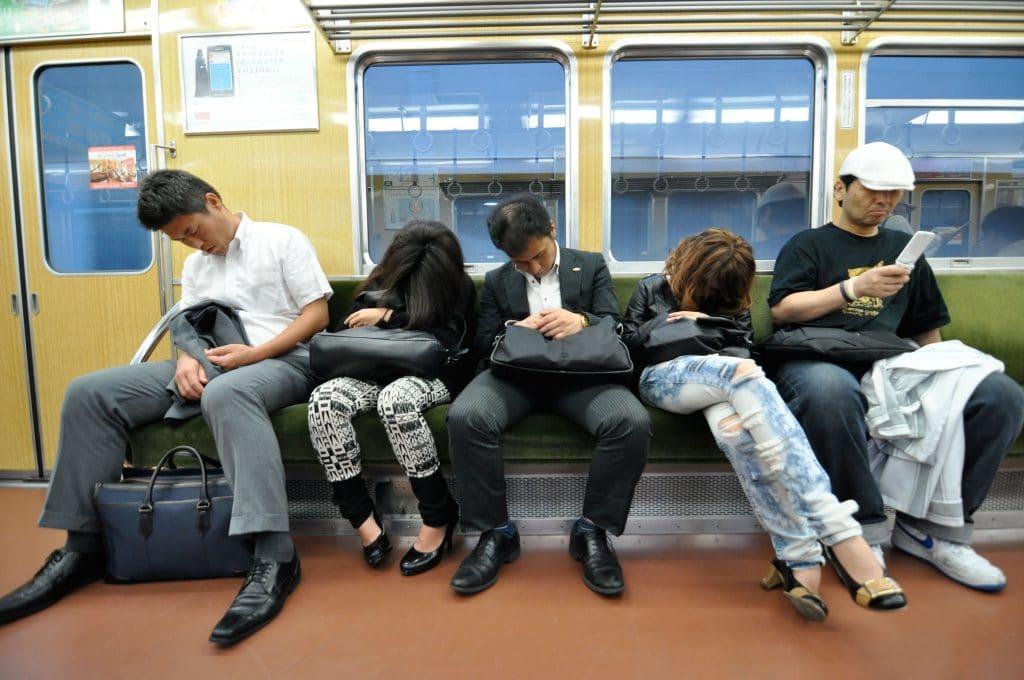 Governo japonês propõe apenas quatro dias de trabalho por semana