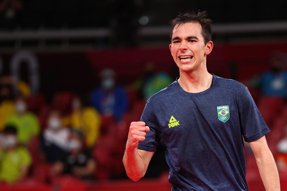 Hugo Calderano vai às quartas e alcança resultado histórico no tênis de mesa