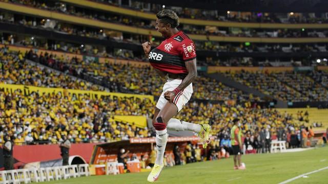 Flamengo bate o Barcelona-EQU e vai enfrentar o Palmeiras na final